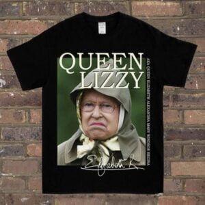 Queen Lizzy Vintage Unisex T Shirt