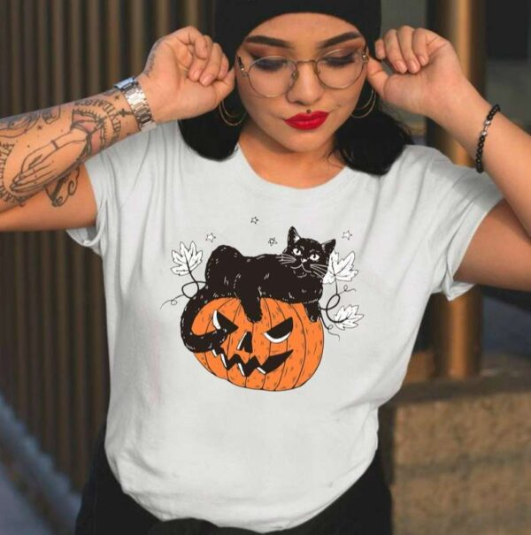 Halloween Cat in Pumpkin Unisex T Shirt