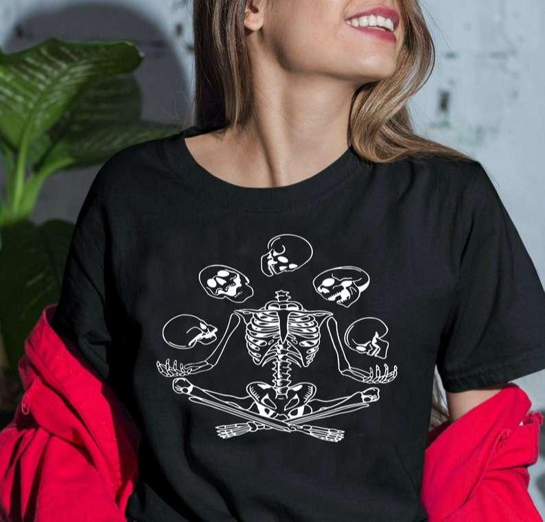 Skeleton Juggling Skulls Unisex T Shirt
